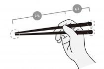 【コラム】第5回 箸育「教え方」にはコツがある  ~Part.2 箸の持ち方・使い方編~ 子どもの年齢や発達に合わせた指導