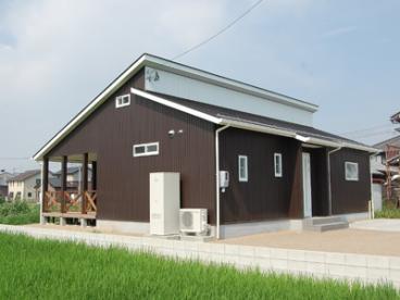 ロイヤルハウス江南店/萩島建築(有)